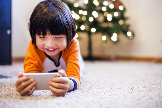 Bahaya anak kecanduang gadget