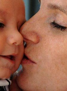 Bayi 8 Hari Meninggal Karena Sering Dicium, Ternyata Terinfeksi Herpes Neonatal