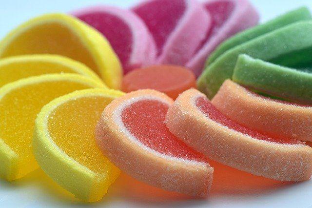 Permen dan makanan gula tidak untuk anak dibawah usia 12 bulan