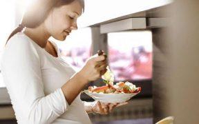 Makanan dan minuman ibu hamil