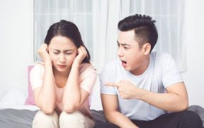 Tanda KDRT verbal dalam rumah tangga